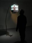 battements, installation vidéo de manon labrecque,corps,cage,oiseau, emprisonnement