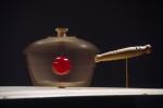 objet quotidien non identifié,installation cinétique de manon labrecque,mécanismes,vitesse,lumière,rotation,table,accélération