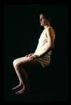 la passante,installation cinétique de manon labrecque,corps,lévitation,chaise,rotation
