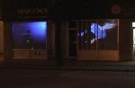 raid,installation cinétique et vidéo de manon labrecque,mécanisme,famille,silhouette,vitrine,éclatement,reconstitution